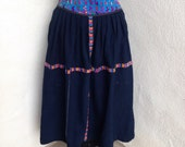 Vintage cotton blue skirt embroidery Guatemalan sz m pockets