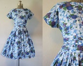 1950's Blue Floral Cotton Dress / Size Medium