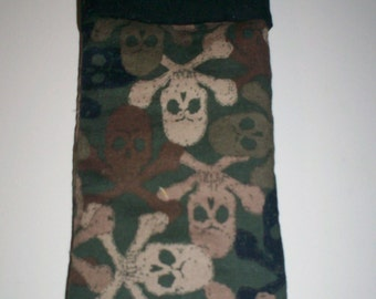 Camo Skull and Crossbones Soft Padded Pipe Case