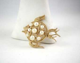 Vintage Mamselle Fish Goldplate Brooch with Faux Pearls