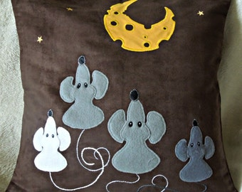 "Mice pillow cushion cover ""The Mice and the Moon"", Handmade, appliqued, mouse,animal"