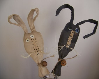 Set of 2 Primitive Silly Rabbits Crockery Sticks Spring Decor