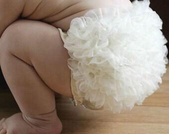 Ivory Ruffle Bloomers / Ruffle Baby Bloomer /  Chiffon Baby Bloomers / Diaper cover / Baby Photo Prop / Ruffle Bum Baby Bloomer