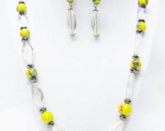 Clear Acrylic w/Yellow Lamp Work Glass Bead Necklace/Earrings