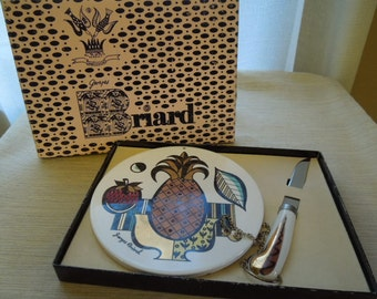 Vintage Mid Century Georges Briard Pineapple Cheese Tray Knife in Original Box