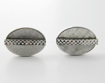 Diamond Cut Oval Cuff Links