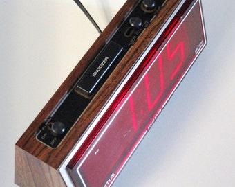 Vintage Spartus Digital Alarm Clock