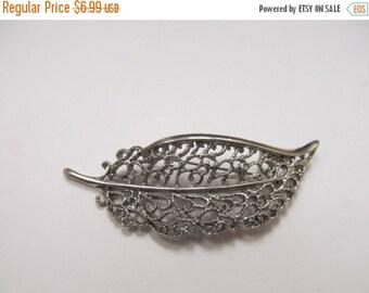 ON SALE Vintage Ornate Leaf Pin Item K # 2154