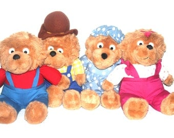VINTAGE NWT Berenstain Bear Plush Family, Antique Alchemy