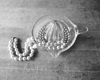 Glass Juicer, Glass Reamer, Depression Glass, Glass Juicer, Reamer, 1940's, Vintage Glass, Antique Glass, Vintage Kitchen, Clear Glass