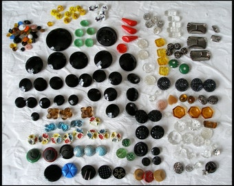 Vintage Glass Button Lot Over 150