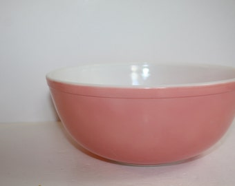 Vintage Pink Pyrex Mixing Bowl 404 Nesting~Extra Large Mixing Bowl~Made In The USA~4 Qt, Pastel Color Mixing Bowl
