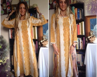 ON SALE // Vintage Handmade Kurta // Small Medium large Dress // Ethnic Gold Yellow Tunic //nomad goddess desert child