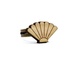 sea shell ring - maple wooden ring - metal and wood ring - lasercut minimalist jewelry