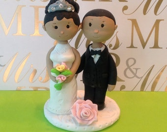 Wedding  cake topper,Bride and Groom,handmade with polymer clay, wedding decorations, party supplies,