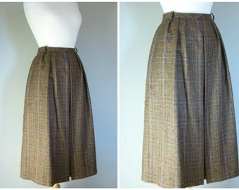 Vintage BROWN WOOL TWEED Skirt/size Medium