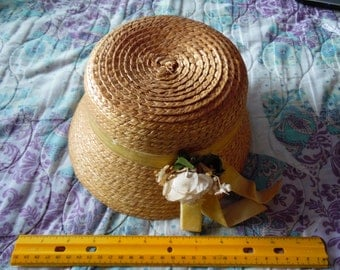 vintage childrens straw hat with flowers