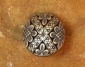 Button Antiqued Gold Carved Flower 23 mm