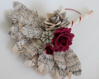 Paper feather bouquet sheet music bouquet music feather bouquet music notes bouquet bridal bouquet bridal music bridesmaids notes bouquet