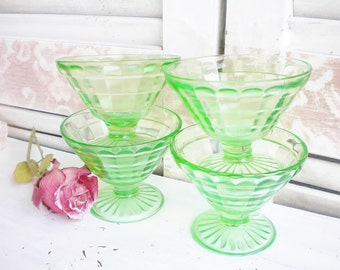Depression Glass Green Dessert Bowls, Dessert Cups Set Of 4 Vaseline Glass Tea Party Wedding Collectable Gift Unique Storage Gift