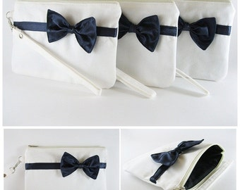 SUPER SALE - Set of 6 Ivory with Little Navy Bow Clutches - Bridal Clutches,Bridesmaid Clutch,Wedding Gift,Zipper Pouch - Made To Order