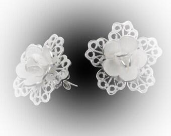 Loop nail silver embroidery lace petals