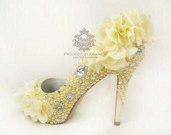 Pastel yellow heel | Etsy