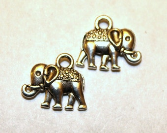 10 Antique Silver Elephant Charms/Pendants