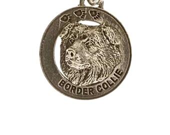 Pewter ~ Border Collie Keychain ~ DK030