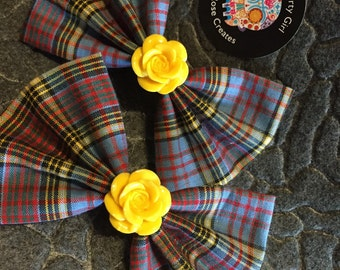 Yellow me lovley small bow