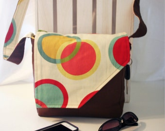 Circle Motif Messenger Style Canvas Purse - Red, Blue, Yellow, Brown