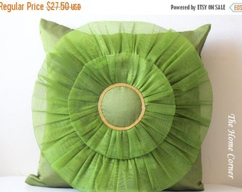 Green Throw Pillow, Green Silk Pillow, Green Cushion Cover, Decorative Pillow, Pinwheel Pattern, Accent Pillow, Green Home Decor- PINWHEEL