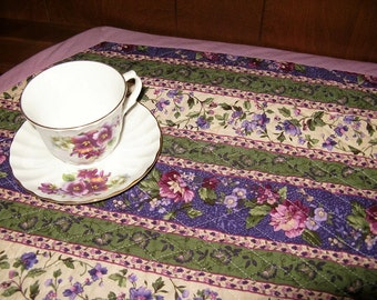 Quilted Table Runner in Lavender