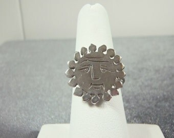 Sterling Silver Sun Face Ring Sz.6 1/4  R161