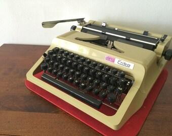 Vintage Yellow Typewriter - Portable Erika Daro - Good Condition - Vintage Decoration Idea