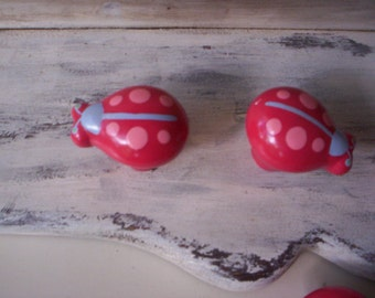Vintage door knob/Furniture salvage/Vintage plastic knobs/Vintage plastic ladybug drawer knobs/Salvage plastic drawer knob/Bug plastic knobs