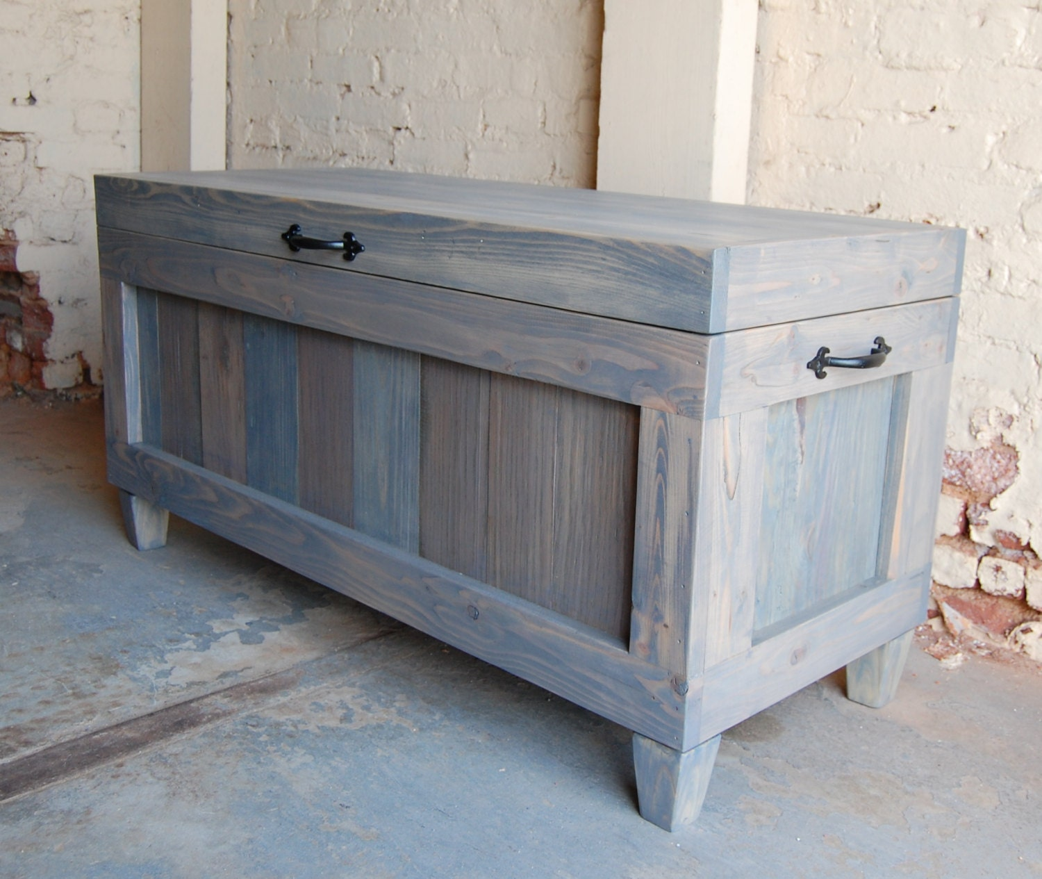 Hope chest wooden chest end of bed bench entryway bench Bench in front of bed