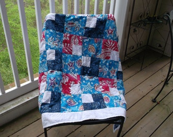 Toddler or Lap Quilt from Hawaiian Materials in Turquoise, White, Rose and Dark Blue with Blue and White  Fleece Backing (FREE SHIPPING)