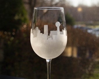 Etched Knoxville, Tennessee Skyline Silhouette Wine Glasses or Stemless Wine Glasses
