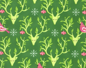 Festive Nest - Festive Forest Collection -  Michael Miller DC6603-EVER-D (sold by the 1/2 yard)