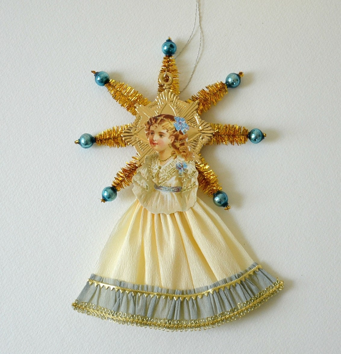 Victorian Christmas Decorations: Victorian Scrap Christmas Ornaments / German Scrap Ornaments