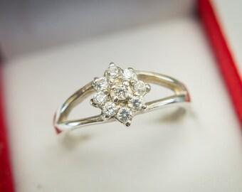 Gold Engagement Ring 18K Gold Diamond Ring Diamond Cluster Ring Dainty Diamond Ring Delicate Diamond Ring Diamond Engagement RIng