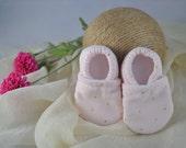 Pink and Gold Cord Baby Shoes - Mushies Baby Shoes - Soft Sole Baby Shoes - Fleece Lined Fabric Baby Shoes - Corduroy Baby Shoes