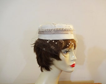 Vintage Birdcage Hat - Cream - Mid Century Bridal Hat - Mother of the Bride - Mad Men Style