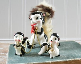 Vintage Skunk Figurine with Baby on Chain Midcentury Ceramic Babies Furry Fur