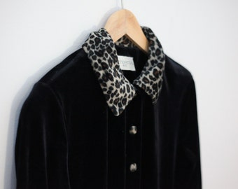 Black velvet 90s button up vintage dress - leopard print collar