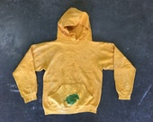 VTG Faded Yellow Hoodie with Green Horse Drawing : C-016