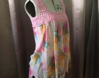 Vintage 70s Pink Multi SHEER Hanky Scallop Crochet Lace Square Neck Hippie Boho Ethereal Flowy Open Fit Rainbow Dress Top Shirt Blouse Tunic