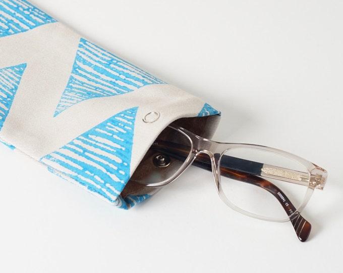 Glasses case -  Light Blue Triangle