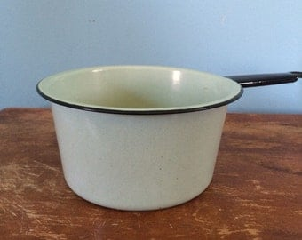 """Vintage Robin's Egg Blue Enamel Pot, 7"""""""